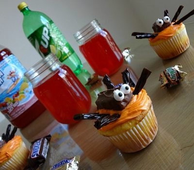 Creating a Scary Good Treat with Stuffed Spider Cupcakes and Halloween Punch! #SpookyCelebration #cbias