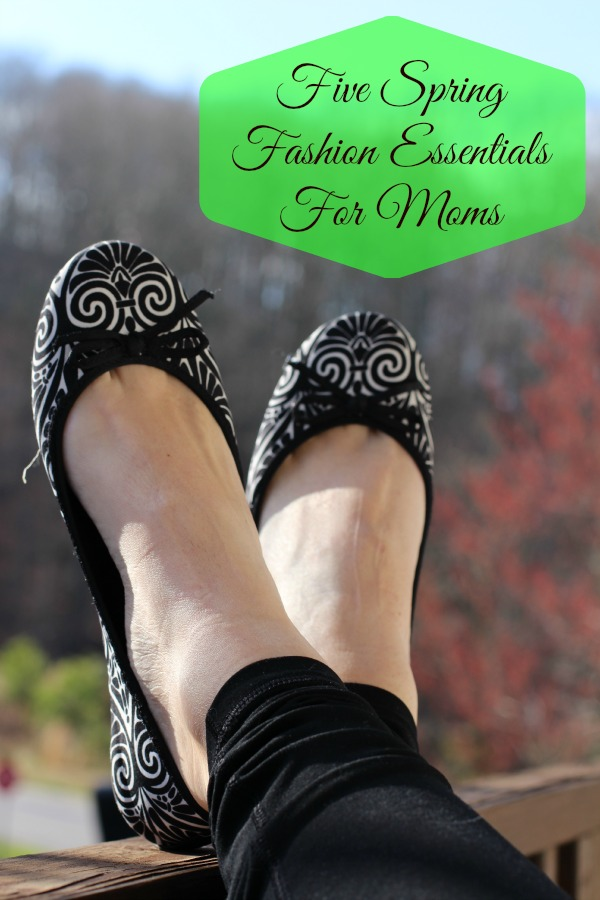Five Spring Fashion Essentials for Moms