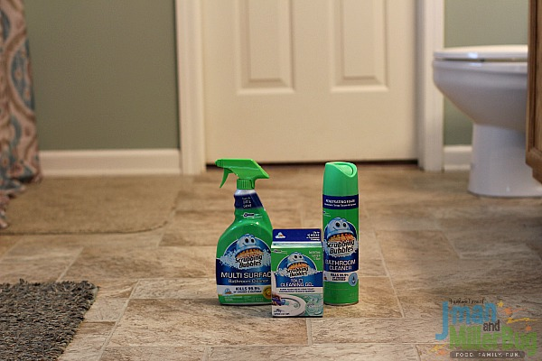 #Savewithbubbles #ad Cleaning Bathroom