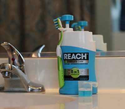 Tips to Help you REACH® a Brighter Smile
