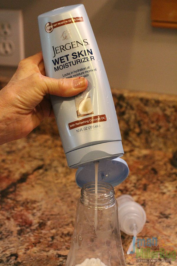 #ApplyBeforeYouDry #ad Adding Lotion to Container