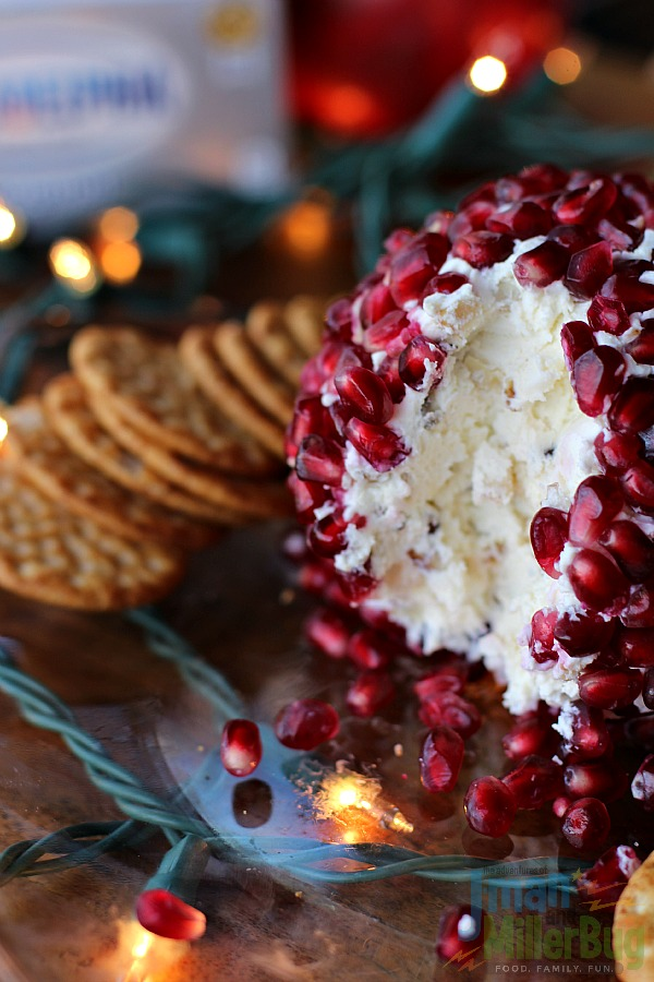 #NaturallyCheese #ad Pomegranate Cheese Ball