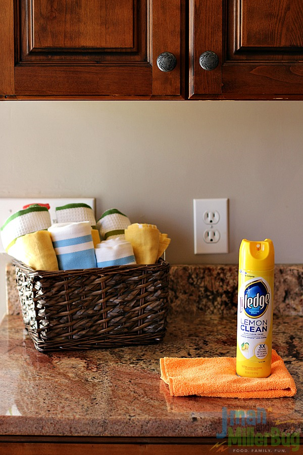 #MyPledgeCastle #ad Cleaning Quickly 5