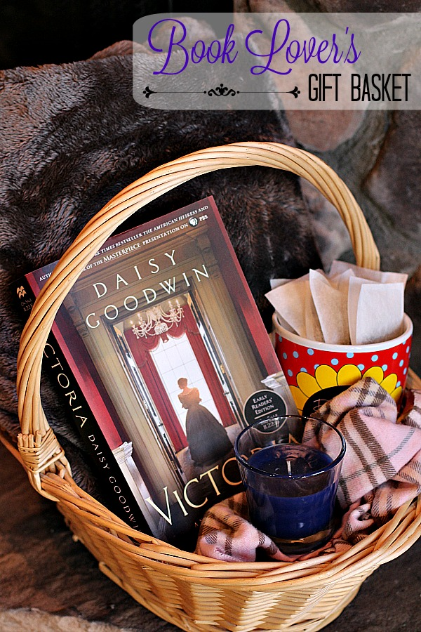 book-lovers-gift-basket